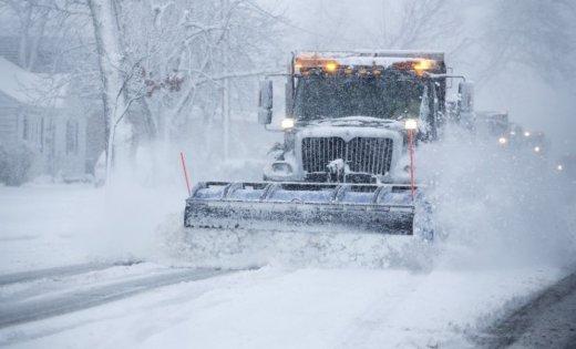 Непогода осложнила проезд по дорогам пяти областей